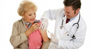 older woman gets vaccinated