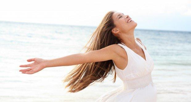 woman free at beach