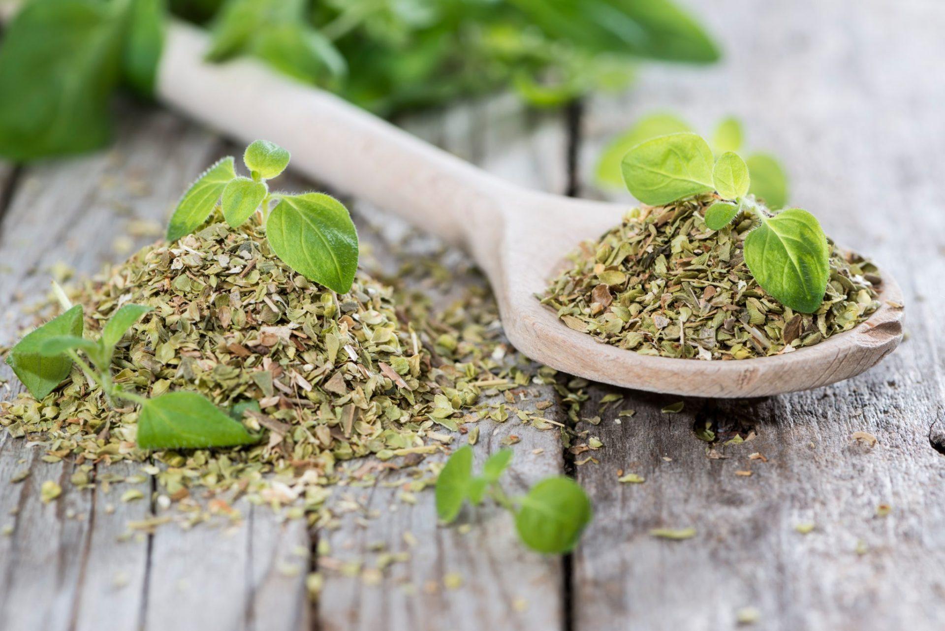 spoon of herbs