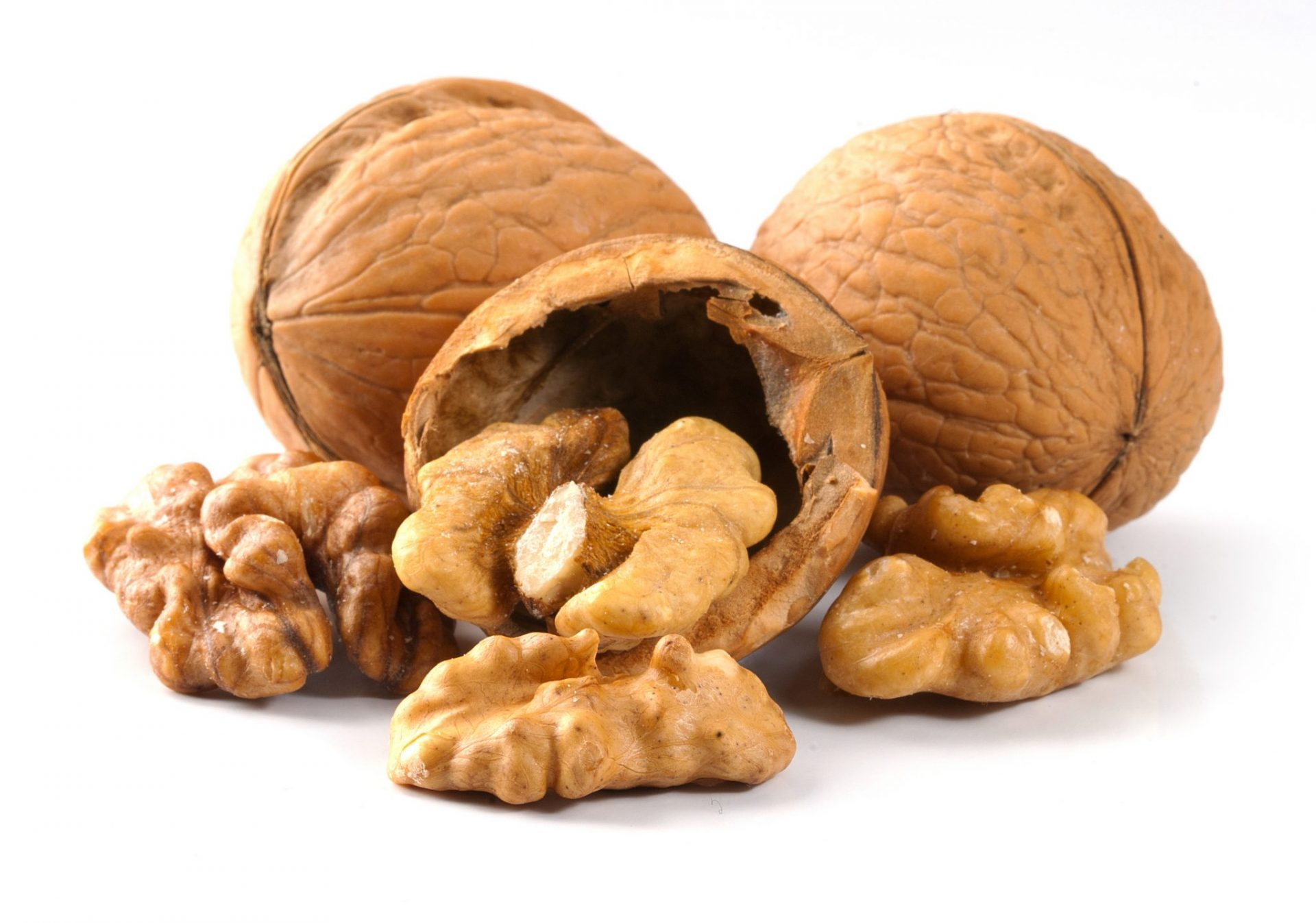 All about the healing properties of walnuts 7