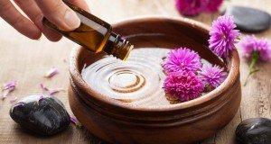 essential-oils-in-bowl