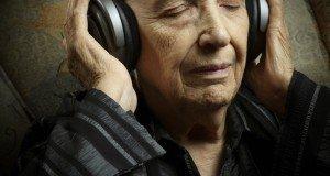 elderly-woman-listening-to-music