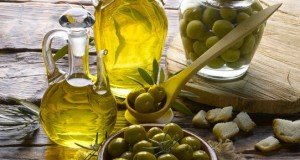heart-benefits-with-olive-oil