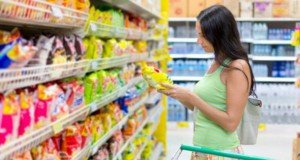 woman-looking-at-food-labels