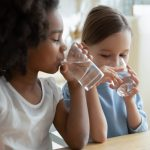 children-drinking-fluoride-water