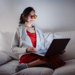 trendy-glasses-improve-sleep